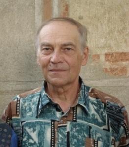 Scriitorul Ioan Dumitru Denciu