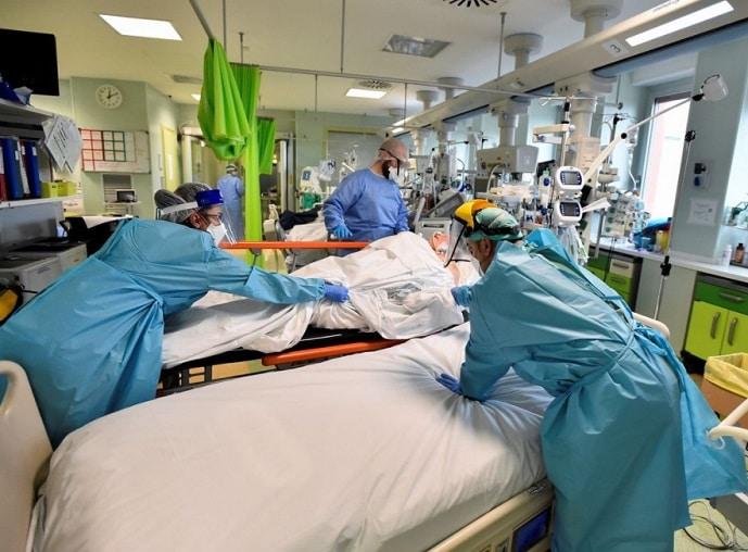 The Guardian: OMS a conspirat cu Italia pentru eliminarea unui raport care dezvaluie gestionarea necorespunzatoare a pandemiei COVID-19