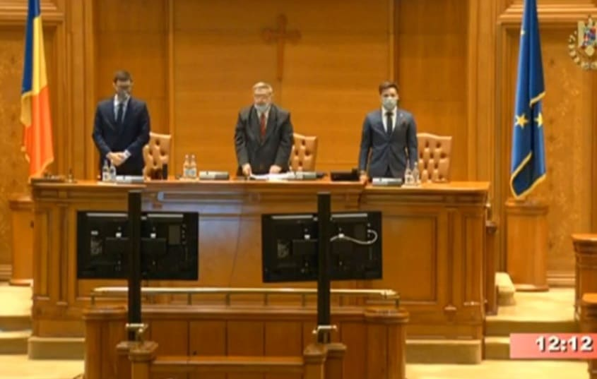 Prima sedinta a Parlamentului a fost condusa de un deputat AUR