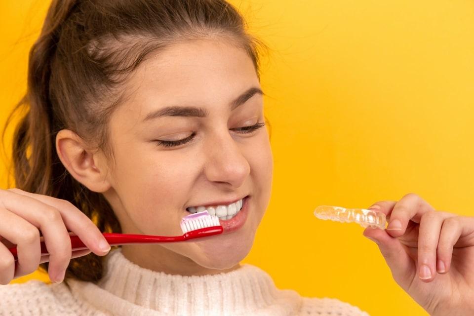 Covid-19 ne afectează și sănătatea orală