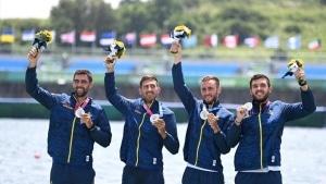 Băieții din barca de patru rame – Mihăiță Ţigănescu, Mugurel Semciuc, Ştefan Berariu şi Cosmin Pascari